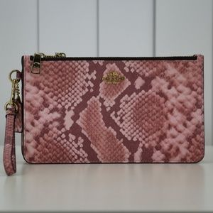 COACH F28556 LEATHER SNAKE EMBOSSED TRIPLE ZIP